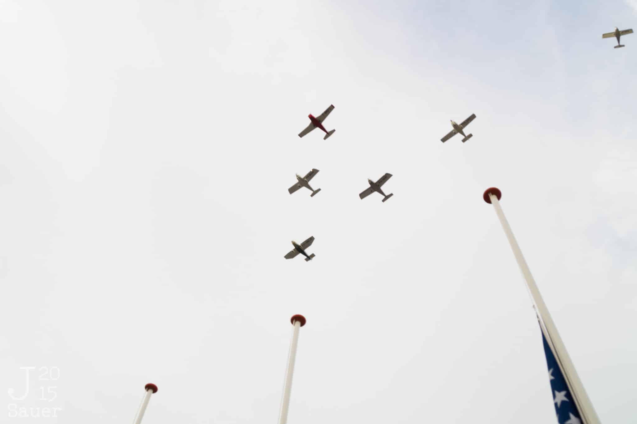 vliegtuigen dodenherdenking Dronten 2015